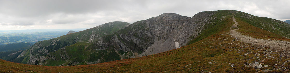 Szlak Turystyczny Przez Czerwone Wierchy – malownicza trasa dla początkujących