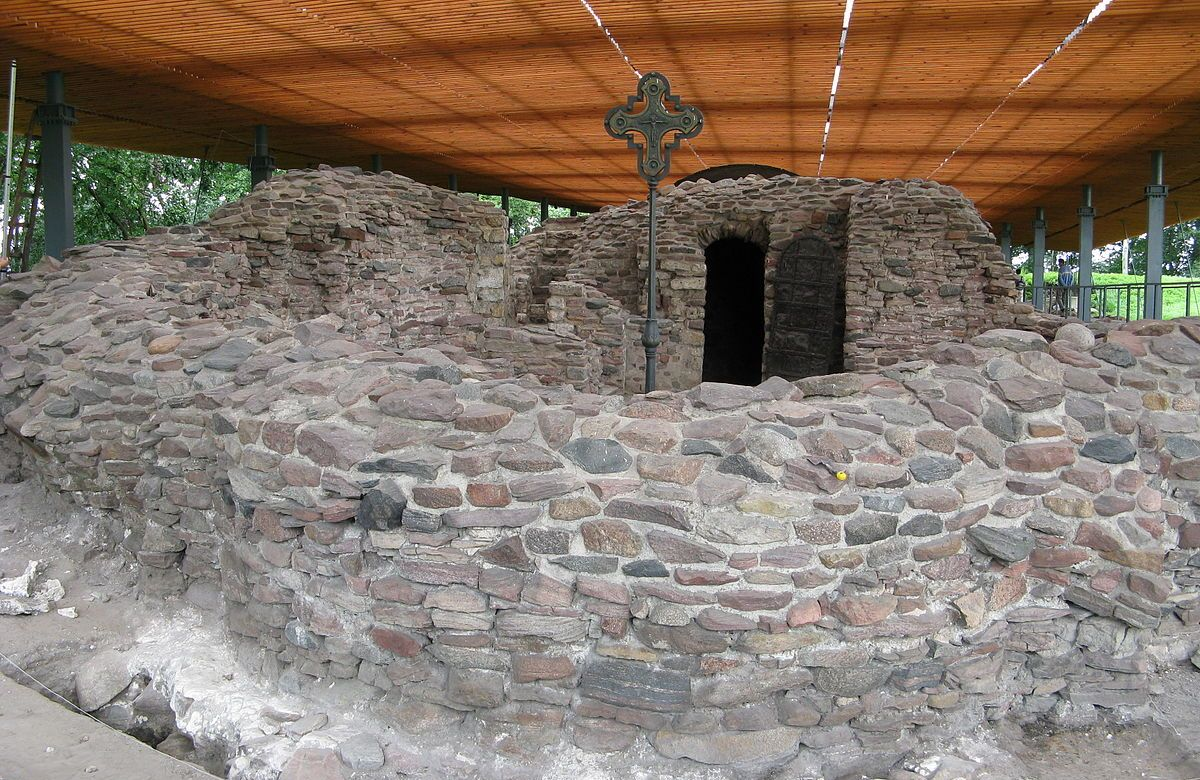Ostrów Lednicki prawdopodobne miejsce Chrztu Polski