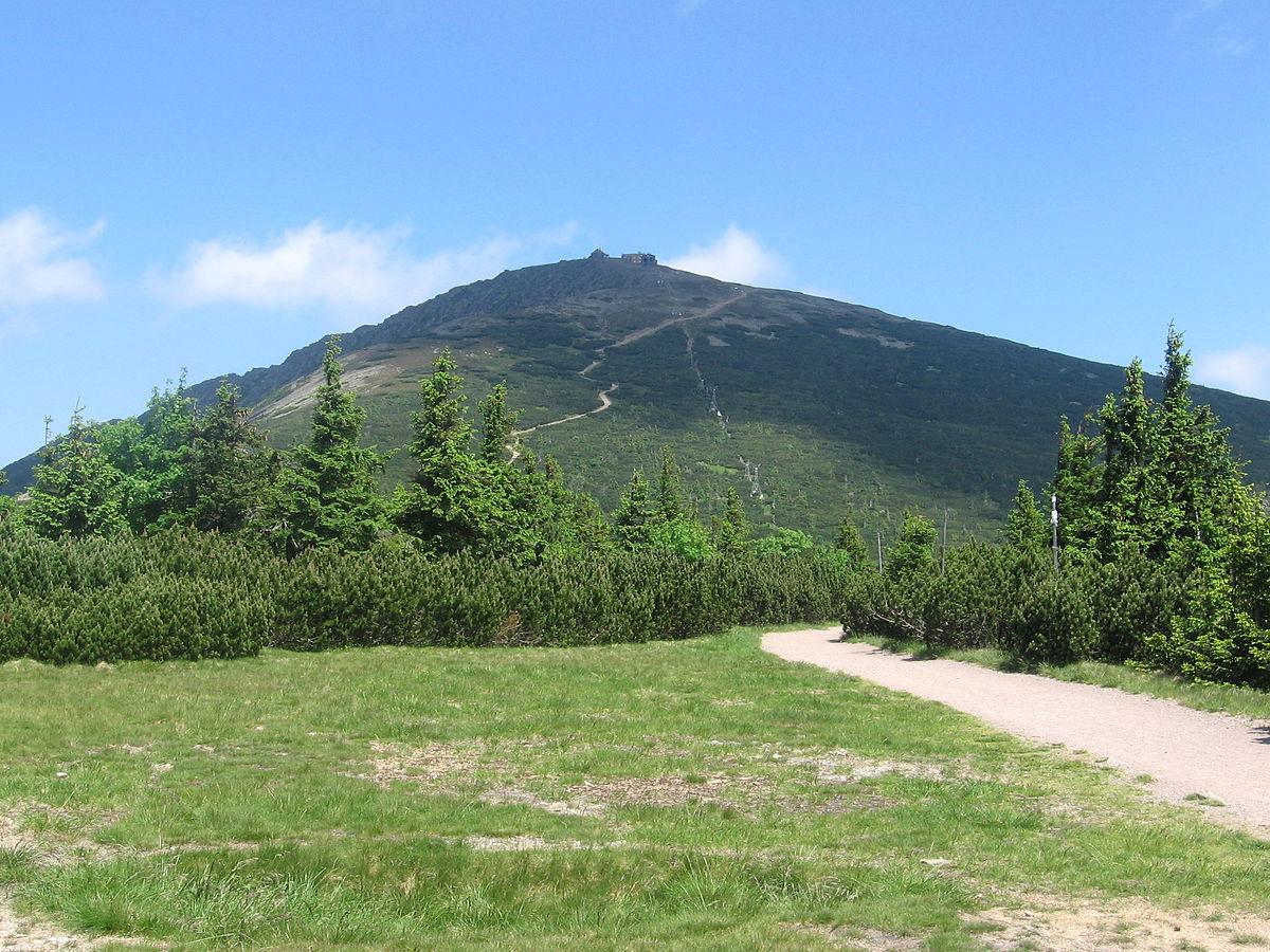 Śnieżka najwyższy szczyt Karkonoszy 2