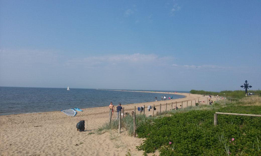Piaszczysta plaża w Rewie