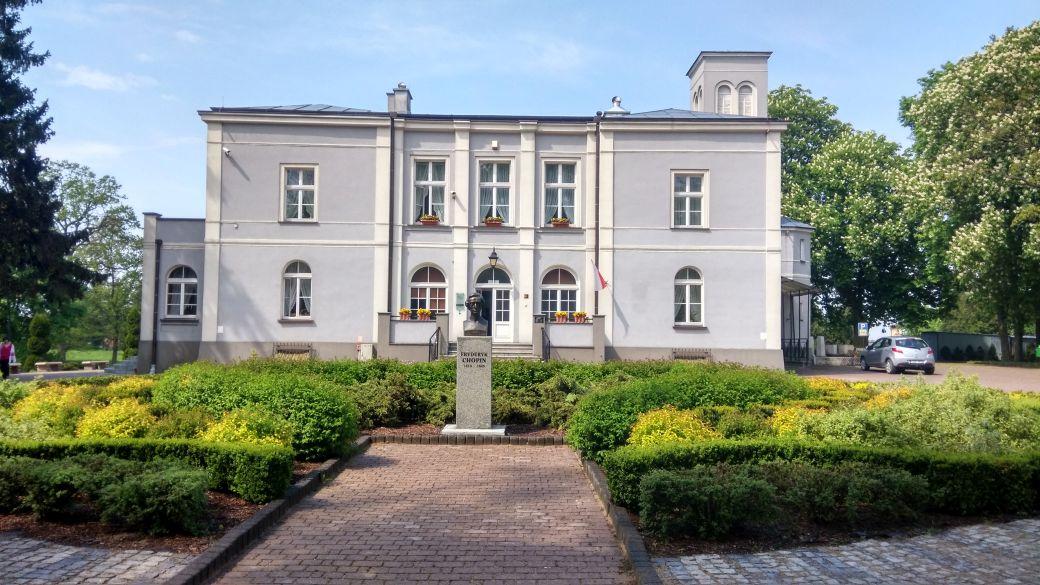 Ośrodek Chopinowski - Szafarnia