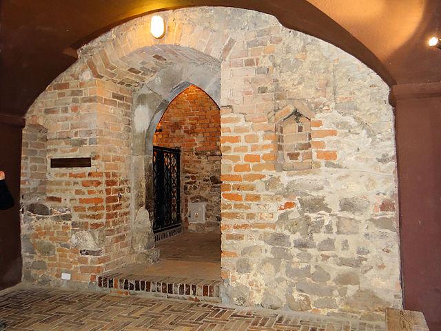 Podziemna trasa turystyczna w Sandomierzu - sprawdź 1